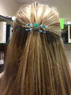 Seascape flexi clip with turquoise color, and seahorse, shell, and other beautiful sea themed embellishments