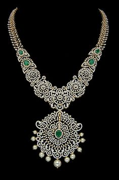 Gold Jewelry Simple, Simple Necklace, Gold Jewellery Design, Necklace Designs, Indian Jewelry, Bridal Jewelry, Diamond Jewelry, Jewelry Collection, Jewelery