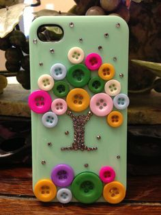 Lovely Cute Colorful Buttons Crystals Handmade iphone 4