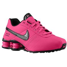 The cutest nike shox ever! I have these and they are super comfortable :) Sneakers Mode, Casual Sneakers, Sneakers Fashion, Fashion Shoes, Nike Sneakers, Custom Sneakers, Work Fashion, Fashion Outfits, Nike Tennis