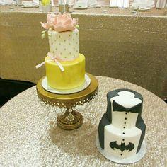 fabulous vancouver wedding #vancouverweddings #customcake #groomscake #vancouver #eastvan #yvr #vancity #sweetnom #vancouvercakes by @sweetnom  #vancouverwedding #vancouverwedding