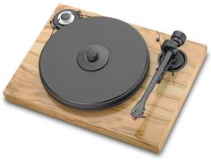 2 Xperience Classic Wood turntable