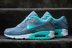 NIKE WMNS AIR MAX 90 (HYPER TURQUOISE) | Sneaker Freaker