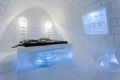 Mad Scientist-Inspired Accommodations - The ICEHOTEL It's Alive Room has a Frankenstein Feeling (GALLERY)