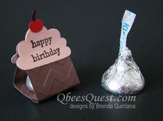 Qbee's Quest: Cupcake Punch Kiss Tents