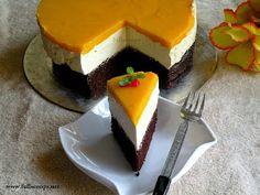 Full Scoops: Eggless Mango Mousse Cake