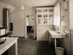 This reminds me of my Great Aunt Fanny's kitchen. She had the large pedestal sink, a coal stove and a hidden back staircase, Fanny and her home created my love of old houses.