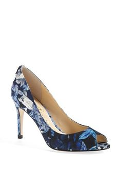 Pretty blue floral pumps