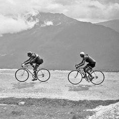 Tour de France 1949 Fausto Coppi followed closely by Gino Bartali