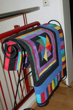 MODERN AMISH quilt. wonderful color combination, love the borders.
