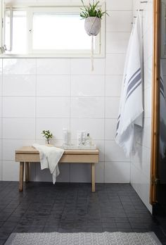 Muoti mielessä: UUTTA KYLPYHUONEESSA Laundry Room Bathroom, Bathroom Toilets, Bathroom Cleaning, Bathrooms, Laundry Room Inspiration, Pretty Room, Bathroom Essentials, Scandinavian Modern, Beauty Room