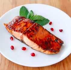 Pomegranate Glazed Salmon - Holiday Fish Recipe from the Shiksa in the Kitchen Holiday Recipes, Dinner Recipes, Entree Recipes, Holiday Foods, Vegetarian Recipes, Healthy Recipes, Pomegranate Molasses, Pomegranate Recipes, Gourmet