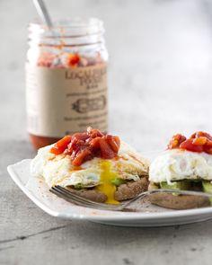 Spicy Avocado Egg Stacks 520 Calories/Serving (1 Serving)