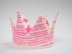 Image of Reversible Crown Neon Pink, Noe and Zoe Berlin