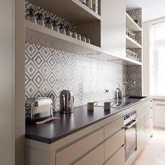 & & & & 8 details to adopt for a kitchen trend Kitchen Interior, Interior Design Living Room, Kitchen Design, Kitchen Time, New Kitchen, Compact Kitchen, Beautiful Kitchens, Cool Kitchens, Cocinas Kitchen