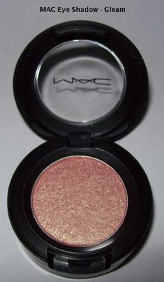 I am definitely trying out this color for summer- so pretty!
