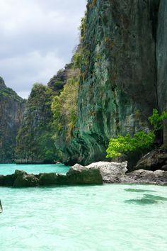 FOR THE HONEYMOON || Phi Phi Islands, Thailand || NOVELA...where the modern romantics play & plan the most stylish weddings...Instagram: @novelabride www.novelabride.com