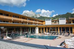 Welcome to Falkensteiner Hotel Sonnenalpe. Located at 1500 m above sea level, our family hotel offers Alpine charm in the Nassfeld ski area. Ski Rental, Modern Family Rooms, Alpine Style, Spa Breaks, Carinthia, S Spa, Superior Room, Felder