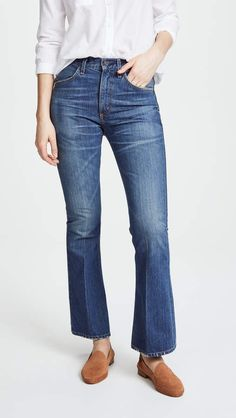online shopping for Citizens Humanity Kaya Jeans from top store. See new offer for Citizens Humanity Kaya Jeans Kick Flare Jeans, Denim Flares, Citizens Of Humanity, Jean Outfits, Stretch Jeans, Jeans Pants, Your Style, Womens Fashion, Fashion Design