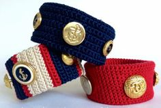 Vintage Button Crocheted Bracelet.. This is a great way to showcase some of my antique buttons!... Free pattern!