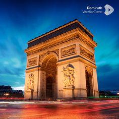 París, ya sea que la conozcas como la ciudad de la luz o la capital del amor, es un punto turístico muy reconocido mundialmente. En sus calles se respira el perfume del romance y la magia de la historia que sus monumentos y museos ponen ante nuestra presencia. #MiPróximoDestino #viajes #travel #paris #francia #europa