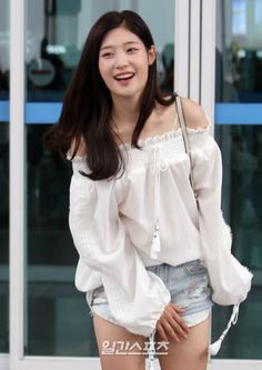 Best 15 Photos that Prove DIA's Jung ChaeYeon is a Goddess South Korean Girls, Korean Girl Groups, Korean Girl Band, Jung Chaeyeon, Korean Model, Beautiful Asian Women, Ulzzang Girl, Pretty Face, Asian Woman