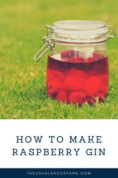 Raspberry gin recipe - this is the homemade gin you need in your life this summer! Gin Recipes, Cocktail Recipes, Summer Drinks, Fun Drinks, Beverages, Mocktails For Kids, Raspberry Gin, Best Gin, Saucepans