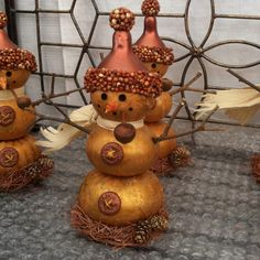 Miniature gourds snowmen.