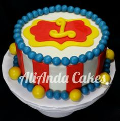 Circus theme smash cake. Www.facebook.com/AliAndaCakes