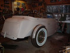 Cycle fenders on my '36   The H.A.M.B. SIDEMOUNT COVERS 36 BUICK WIDENED