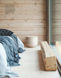 Design et bien être Kontio House Design, Interior Design, House Interior, Hotel Room Design, Interior, Cottage Design, Minimalist Interior Design, Cottage Interiors, Log Cabin Interior
