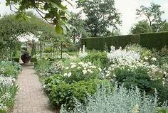 sissinghurst gardens england | ... Sissinghurst, considered by many to be the most famous garden in