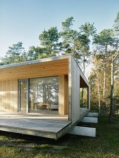 This wooden summerhouse is for year round living. And the living is easy.. ;)…