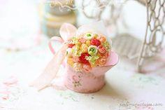Dollhouse Miniature Flower Bouquet