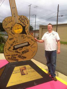 That's a big guitar