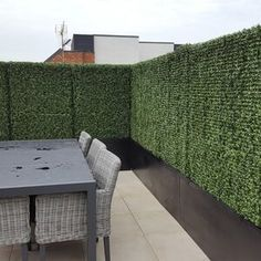 Artificial Topiary Hedge Plant Privacy Fence Screen Greenery Panels Suitable for Both Outdoor or Indoor, garden or backyard and home decorations, Boxwood 20 x 20 Inch sqf) By e-Joy Privacy Fence Screen, Garden Fence Panels, Fence Screening, Artificial Hedges, Artificial Topiary, Artificial Plants, Bamboo Fence, Metal Fence, Screen Look