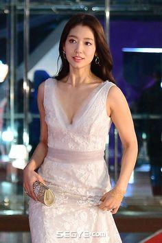 Park Shin Hye, Gwangju, Korean Dress, Korean Outfits, Korean Clothes, The Heirs, Asian Celebrities, Beautiful Celebrities, Korean Actresses