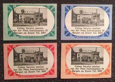 Caltex Service Station Van Der Mast reclame voor op luciferdoosje in vier verschillende kleuren. Uitgave door de Kloof Bergen op Zoom