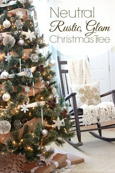 Rustic Glam Christmas tree  via @Tonya Seemann Seemann Seemann @ Love of Family & Home