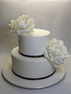 Nice Simple Wedding Cakes Small Naked Wedding Cake Rectangular Two Tier Wedding Cake Mini Wedding Cakes Old Wedding Cake Drawing ColouredHow Much Is A Wedding Cake Two Tier Buttercream Wedding Cakes | Two Tiers Wedding Cake Simple ..