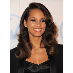 Alicia Keys ❤ liked on Polyvore featuring alicia keys