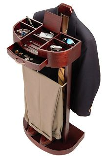 Men's valet -- for more accessories, visit board http://pinterest.com/davidos193/essentials-mens-accessories/