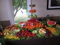 Fruit on a Table Display Fruit Tables, Fruit Buffet, Fruit Trays, Food Tables, Veggie Display, Veggie Tray, Vegetable Trays, Catering Display, Catering Food