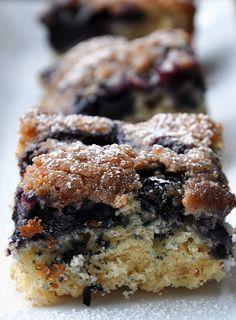 Blueberry Lemon Crumb Cake #cakes