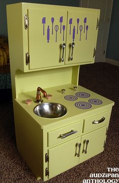 Play kitchen                                                                                                                                                                                 More