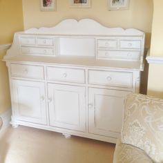 Customer commission hand painted in Annie Sloan pure x Beautiful piece of furniture