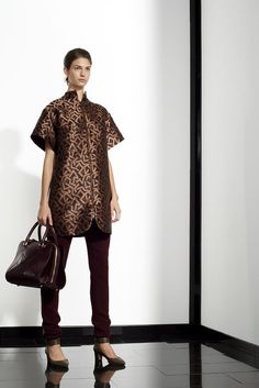 Vionnet | Pre-Fall 2012 Collection | Vogue Runway