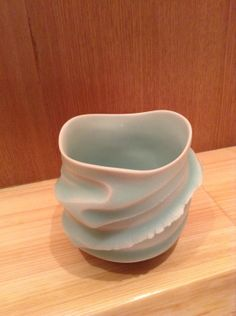 Such a gorgeous cup by Asato Ikeda Japanese Ceramics, Japanese Pottery, Ceramic Tableware, Ceramic Cups, Piercings, Clay Mugs, Hobbies That Make Money, Play Clay, Wheel Thrown Pottery