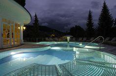 Piscine extérieure, à l'eau de mer - Bareiss Hotel & Spa  #piscine #eau #water #bienetre #sante #health #bienestar #spa #seawater #outdoorpool   www.marysemasse.com