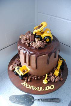 Digger Cake $250